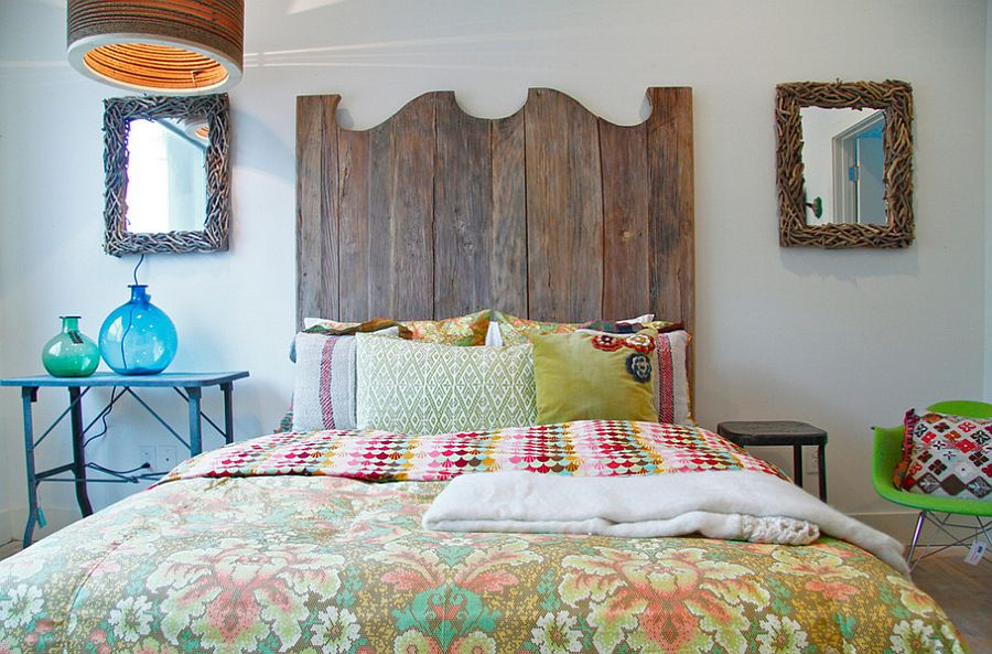 Vintage patterns combined with traditional style to shape a stylish bedroom [From: Red: Modern lines - vintage finds]