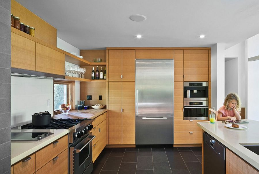 Wood plays an important role in shaping the modern kitchen