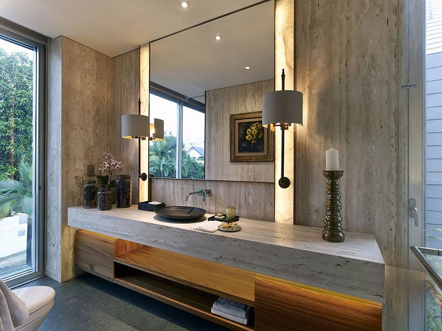 Bathroom with natural textures and a relaxing ambiance