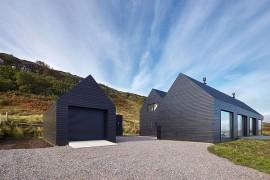 Dashing Dark Exterior Shapes Striking Contemporary Home in Isle of Skye