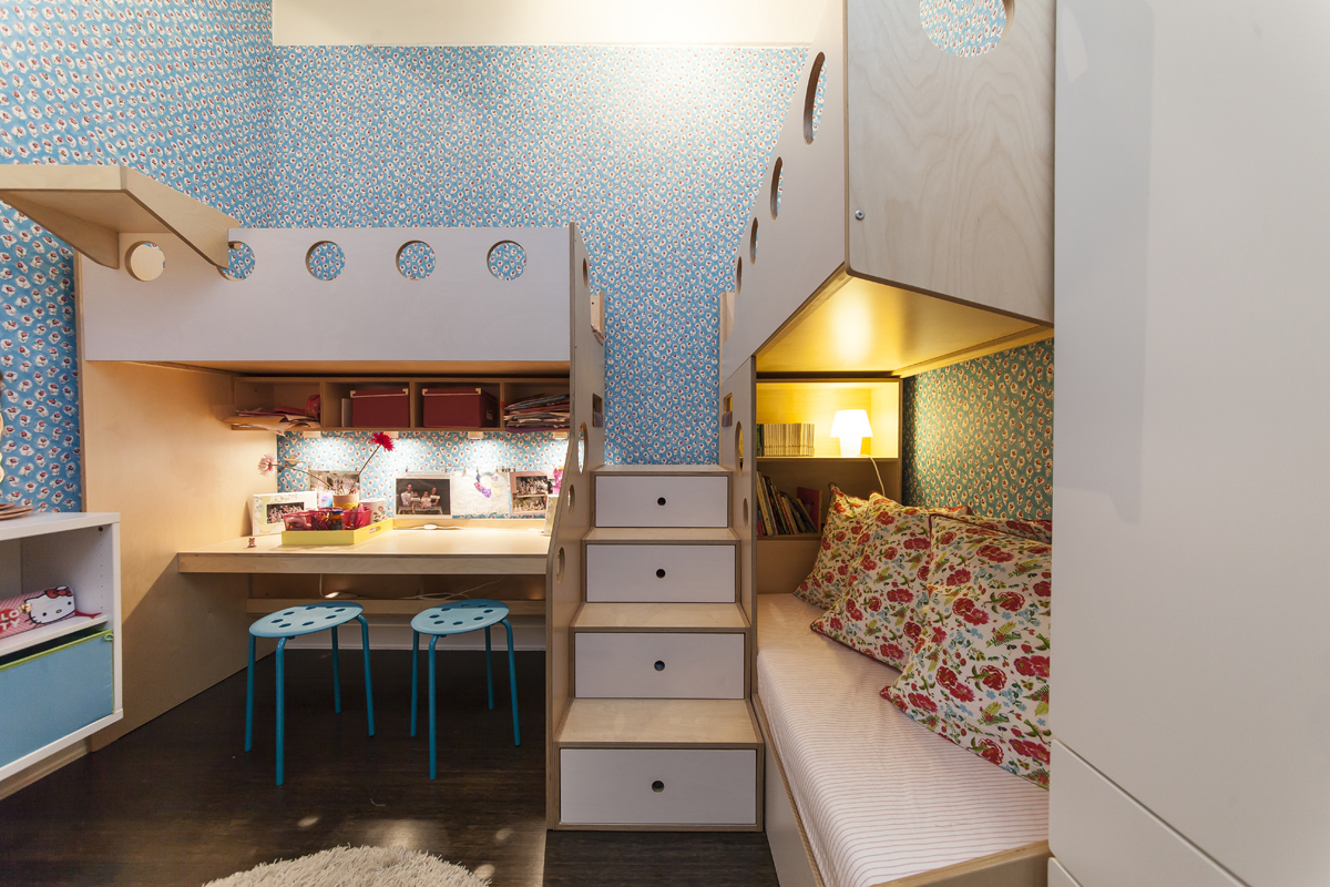 View in gallery Blue bedroom for sharing sisters. 8 Cool Kids Rooms Your Children Won t Mind Sharing