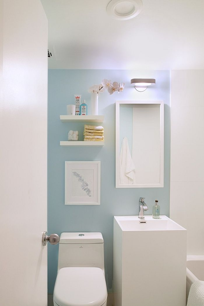 Calming blues work well in the Scandinavian bathroom