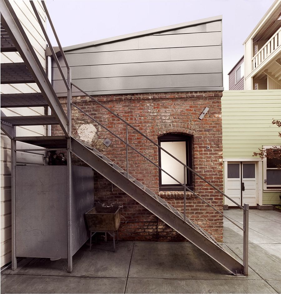 Cheap Apartments Outside Bricks: 1916 Brick Boiler Room Revamped Into A Tiny Guest Apartment
