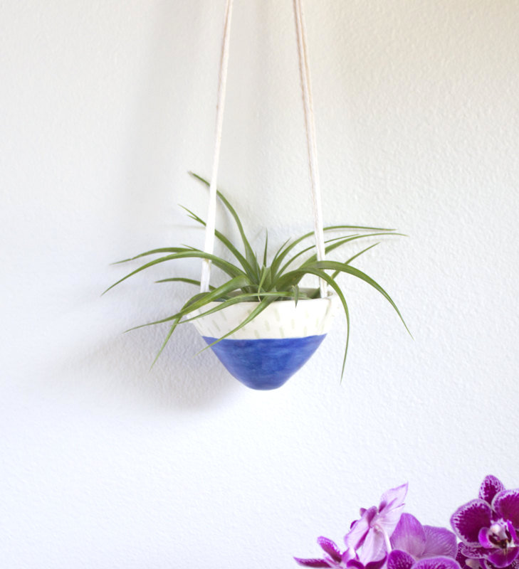 Color blocked hanging planter
