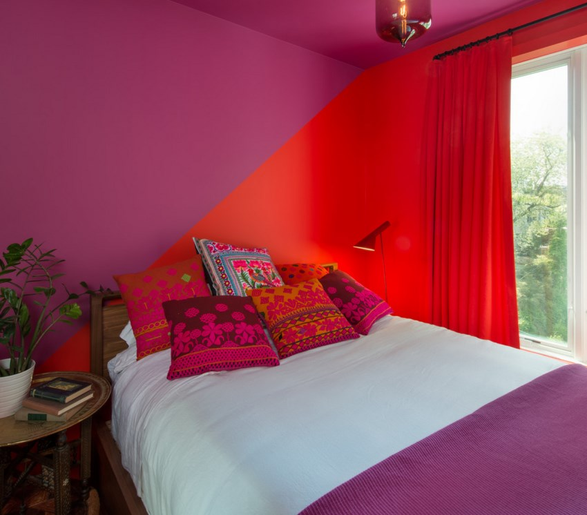 Color blocking in a Brooklyn bedroom
