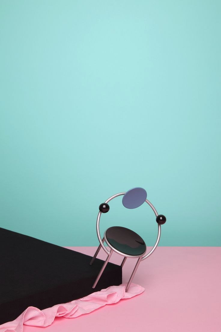 Color blocking in an image from Wyne Veen