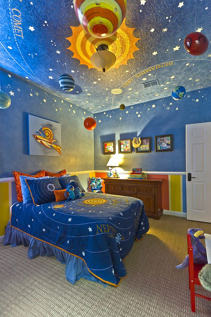 Bedroom with hand-painted ceiling that brings the magic of night sky indoors [Design: Hobus Homes]