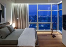Drape-allow-the-homeowner-to-switch-between-awesome-views-and-complete-privacy-in-the-bedroom-217x155