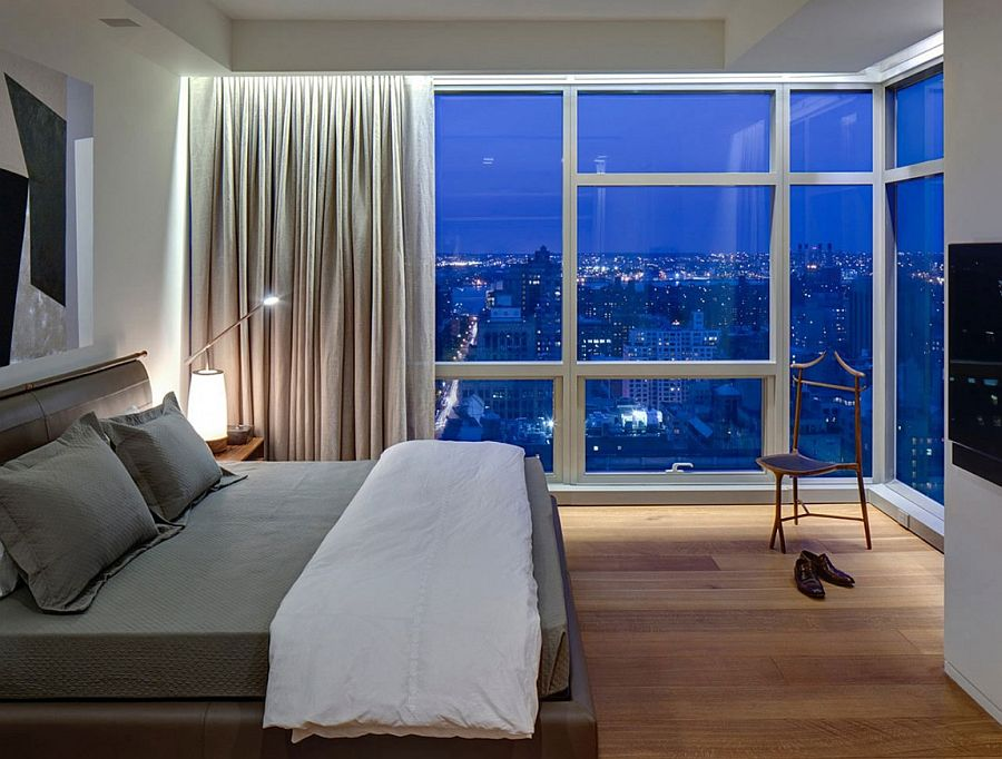 Drape allow the homeowner to switch between awesome views and complete privacy in the bedroom