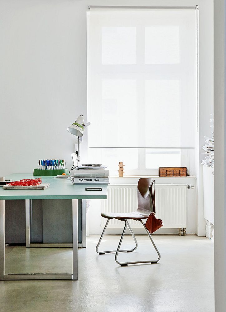 Ergonomic home office design focuses on simplicity of form [From: Nina Struve Photography]