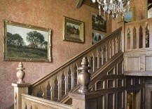 Fabulous-wallpaper-complements-the-hue-of-the-wood-around-it-beuatifully-217x155
