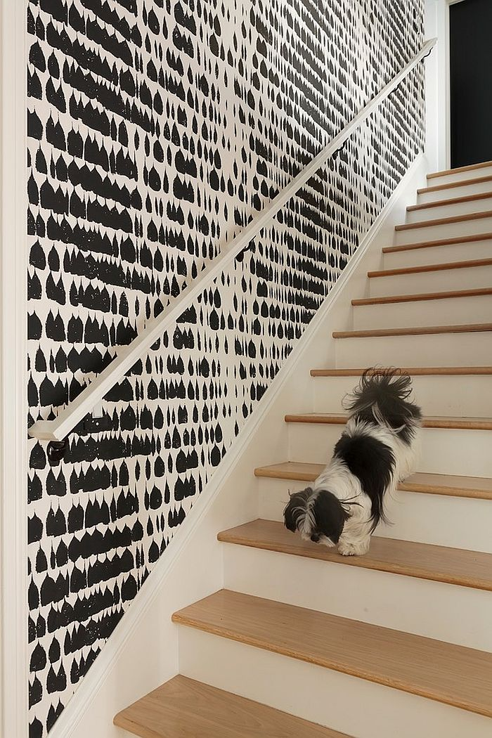 Graphic black and white wallpaper adds chic beauty to the interior [Design: Lynne Parker Designs]
