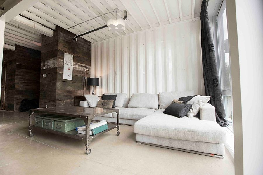 Industrial living room with a relaxed, trendy vibe [Design: Les Collections Dubreuil]