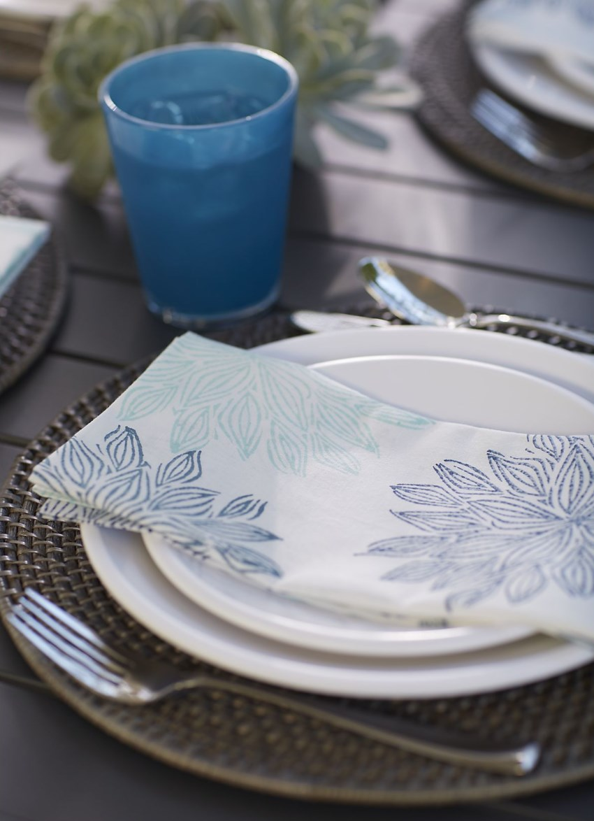 Keeping outdoor table settings simple is key