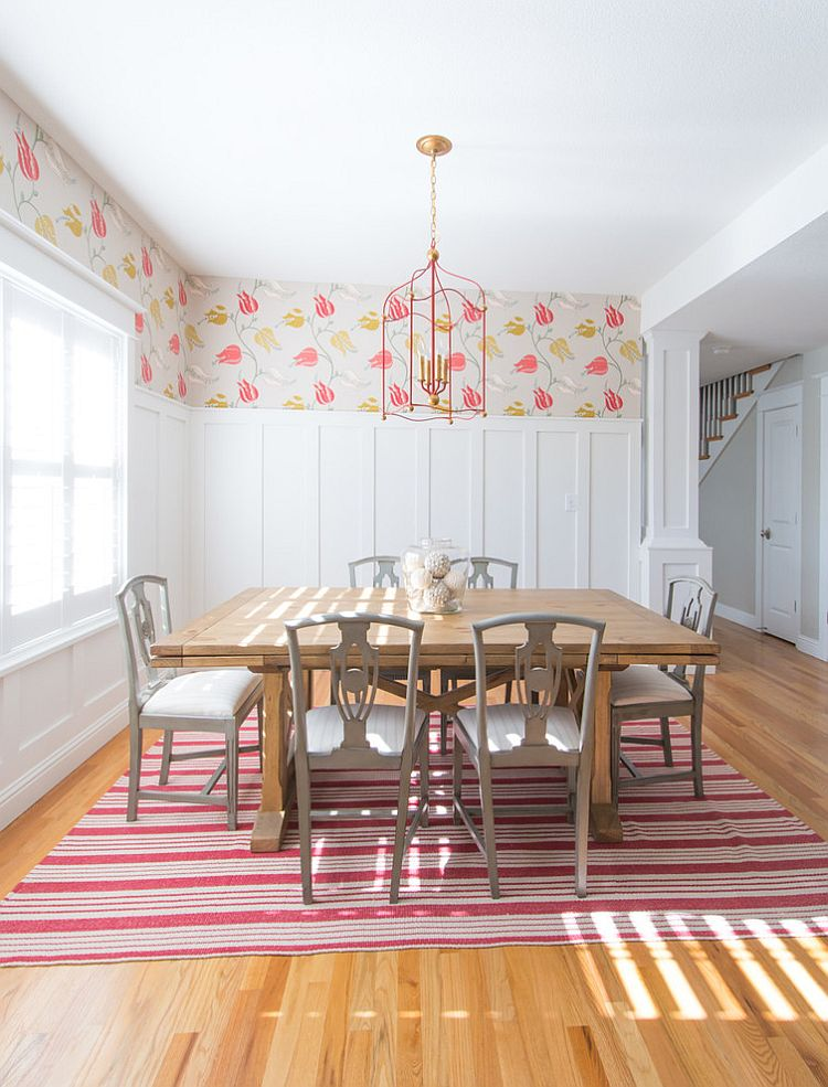 ... Keeping The Dining Room Design Simple And Uncomplicated [Design: Ejay  Interiors]