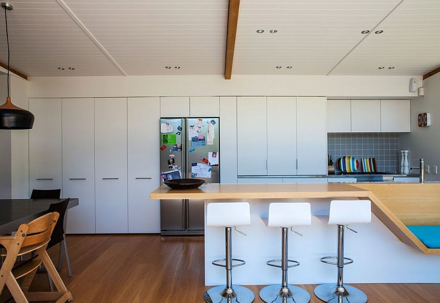 View In Gallery Kitche Counter Design With An Integrated Bench