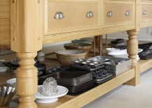 Kitchen-table-in-solid-English-oak-with-custom-design-217x155
