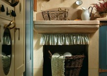 Lovely fabric frills give that additional Mediterranean aura to the kitchen