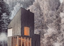 Modern wooden shelter and ski hut with gorgeous minimal design 217x155 Modern Minimalism Meets Wooden Warmth inside Small Winter Retreat