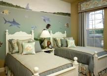 Mural-brings-underwater-scenery-to-the-bedroom-217x155