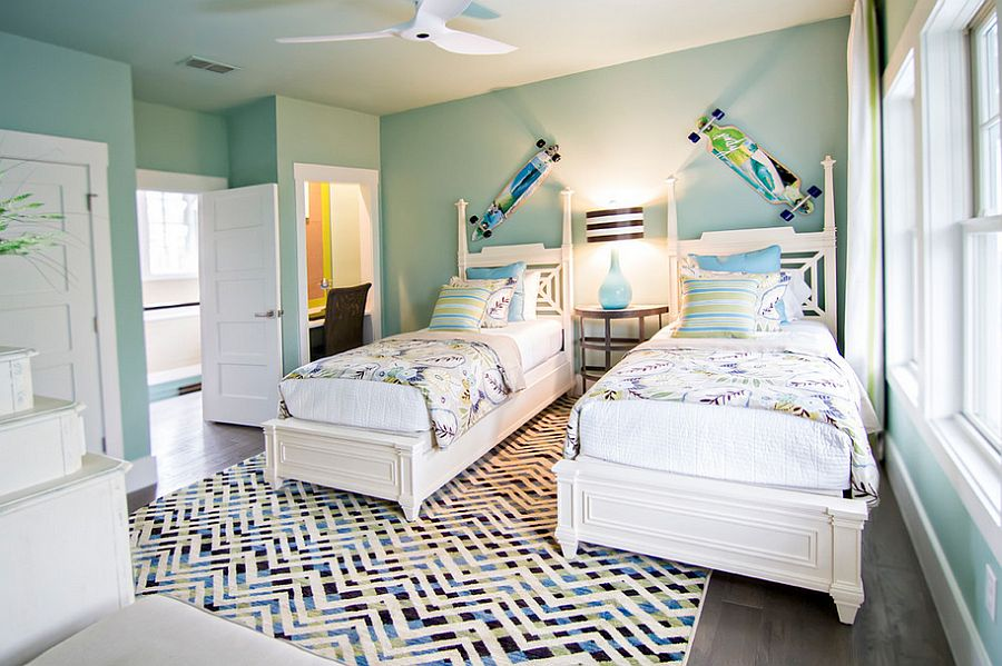 Natural ventilation adds to the breezy tropical style in the bedroom [Design: Glenn Layton Homes]
