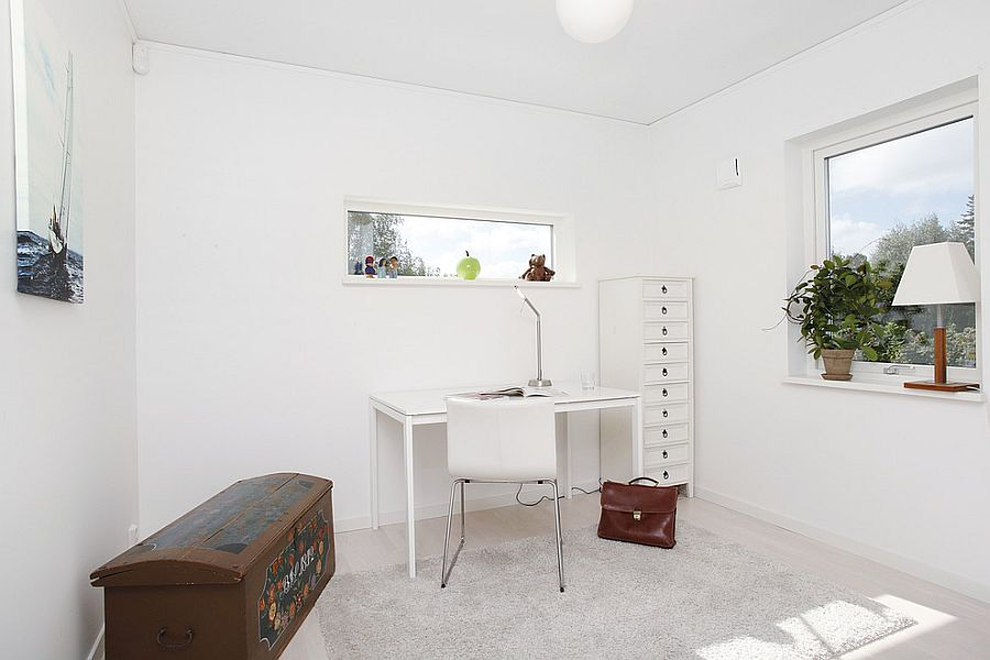 Natural ventilation turns the small home office into a delightful workspace [Design: A-Hus]
