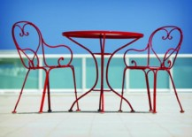 Paris-Bistro-table-and-chairs