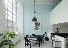 Relaxed dining room in white and pastel blue