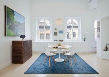 Rugs are an easy way to add some color to the Scandinavian interior
