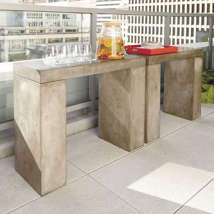 Self-serve outdoor drink area