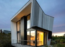 Small-Footprint-Hamptons-House