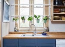 Space-is-never-a-constraint-for-a-small-herb-garden-in-the-kitchen-217x155
