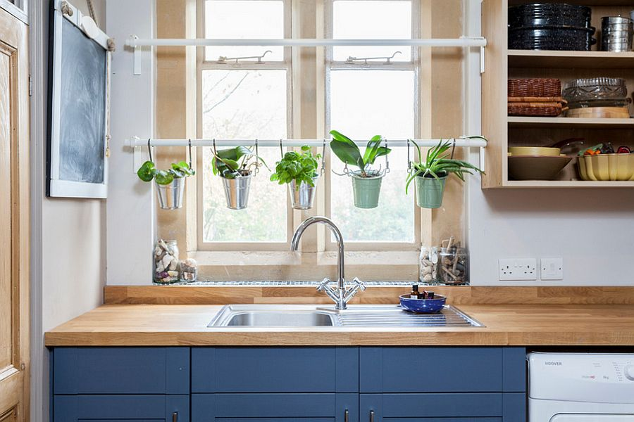 18 creative ideas to grow fresh herbs indoors Kitchen windowsill herb pots