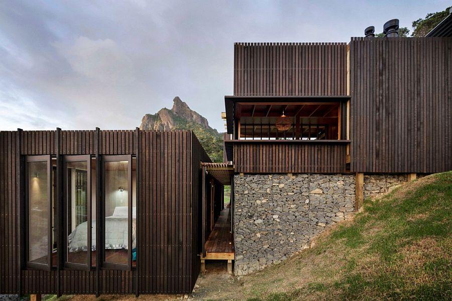 Stone and wood shape the stylish New Zealand holiday home