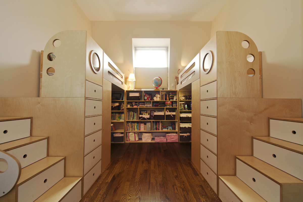 View in gallery Symmetrical shared bedroom for sisters. 8 Cool Kids Rooms Your Children Won t Mind Sharing