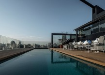 Ultra-modern-bachelor-pad-with-rooftop-swimming-pool-217x155