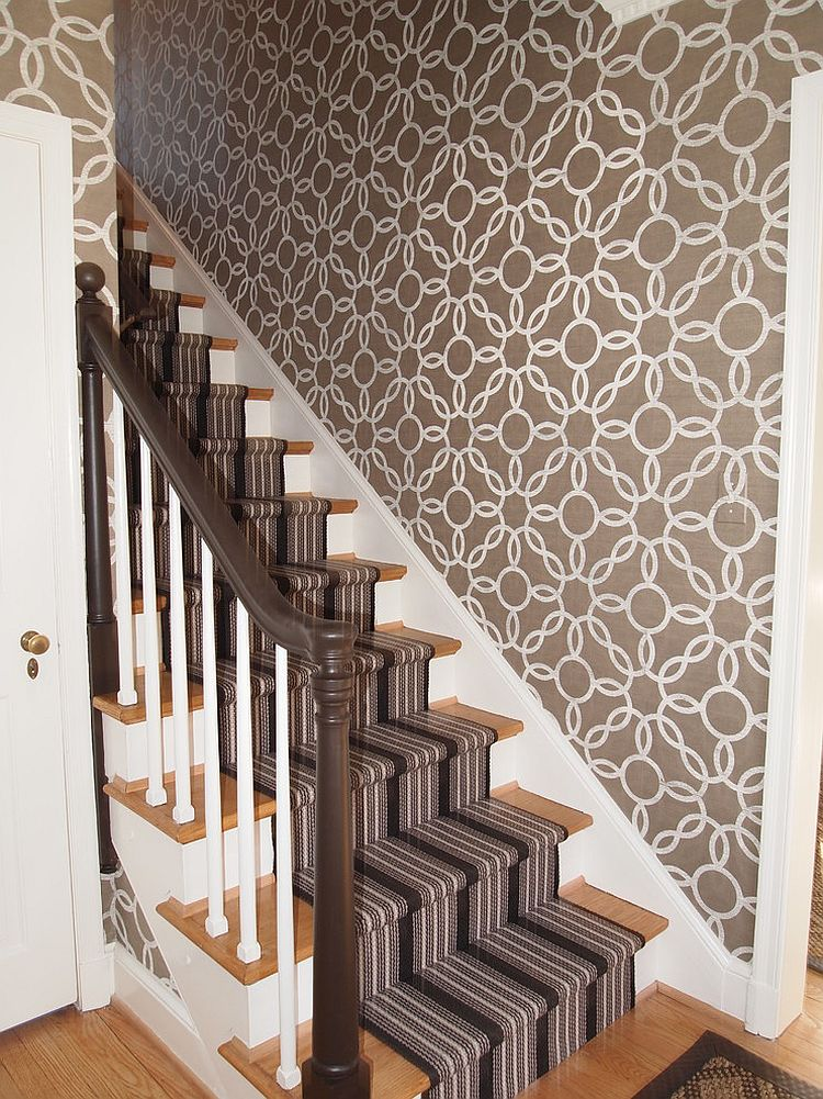 Wallpaper brings vintage pattern to the stairway [Design: Elizabeth Reich]