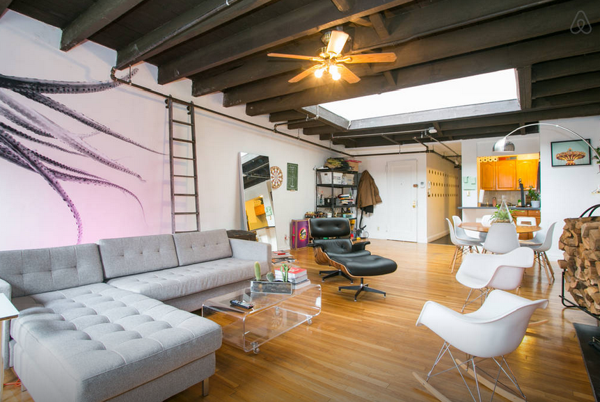 8 swanky airbnb penthouses you can rent for the night in for Modern furniture nyc