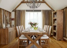 Wood-brings-inviting-warmth-to-the-farmhouse-kitchen-217x155