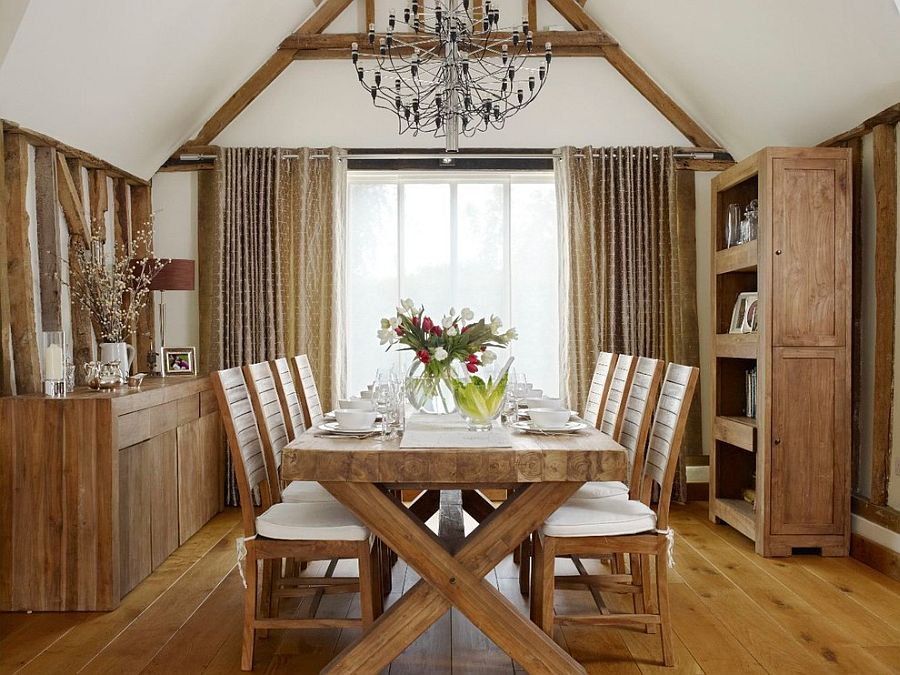 View In Gallery Wood Brings Inviting Warmth To The Farmhouse Kitchen [Design:  Sarah Finney Interiors]