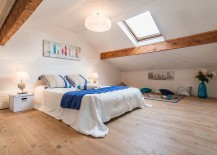 Wood brings inviting warmth to the trendy bedroom