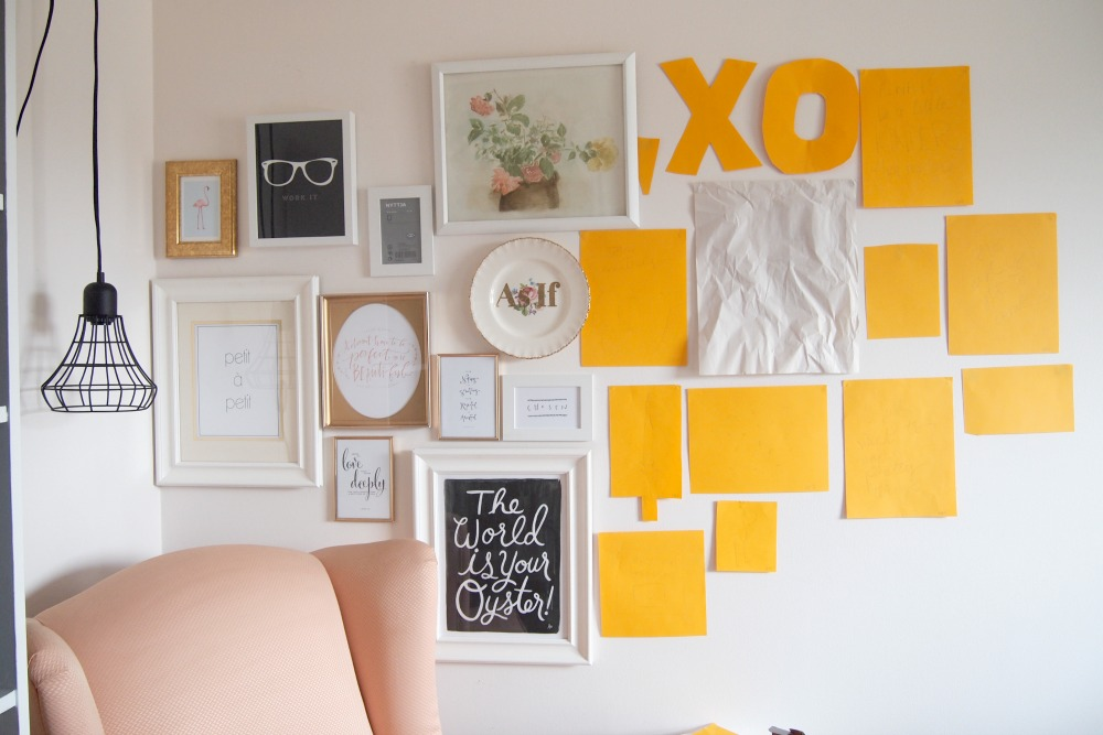 Gallery wall – adding different artwork