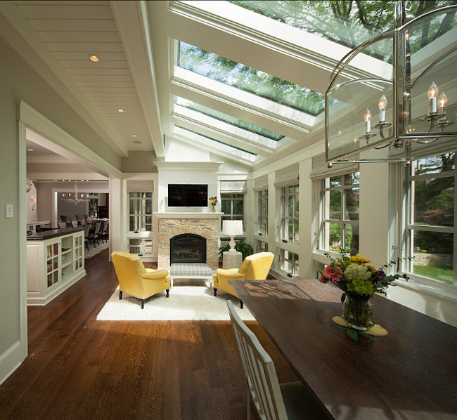 15 bright sunrooms that take every advantage of natural light for Sunroom breakfast nook