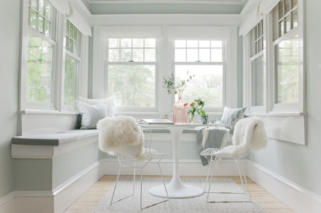 white-romantic-sunrooms
