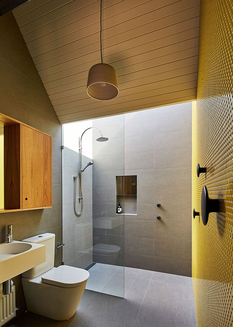 A splash of brilliant yellow for the contemporary bathroom