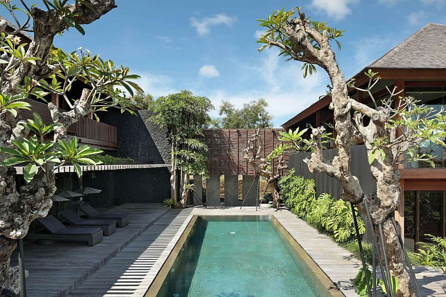 Central courtyard of Villa Pecatu filled with greenery and indoor pool