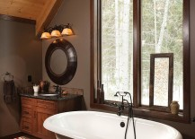 Clever blend of modern and rustic touches in the attic bathroom [Design: Riverbend Timber Framing]