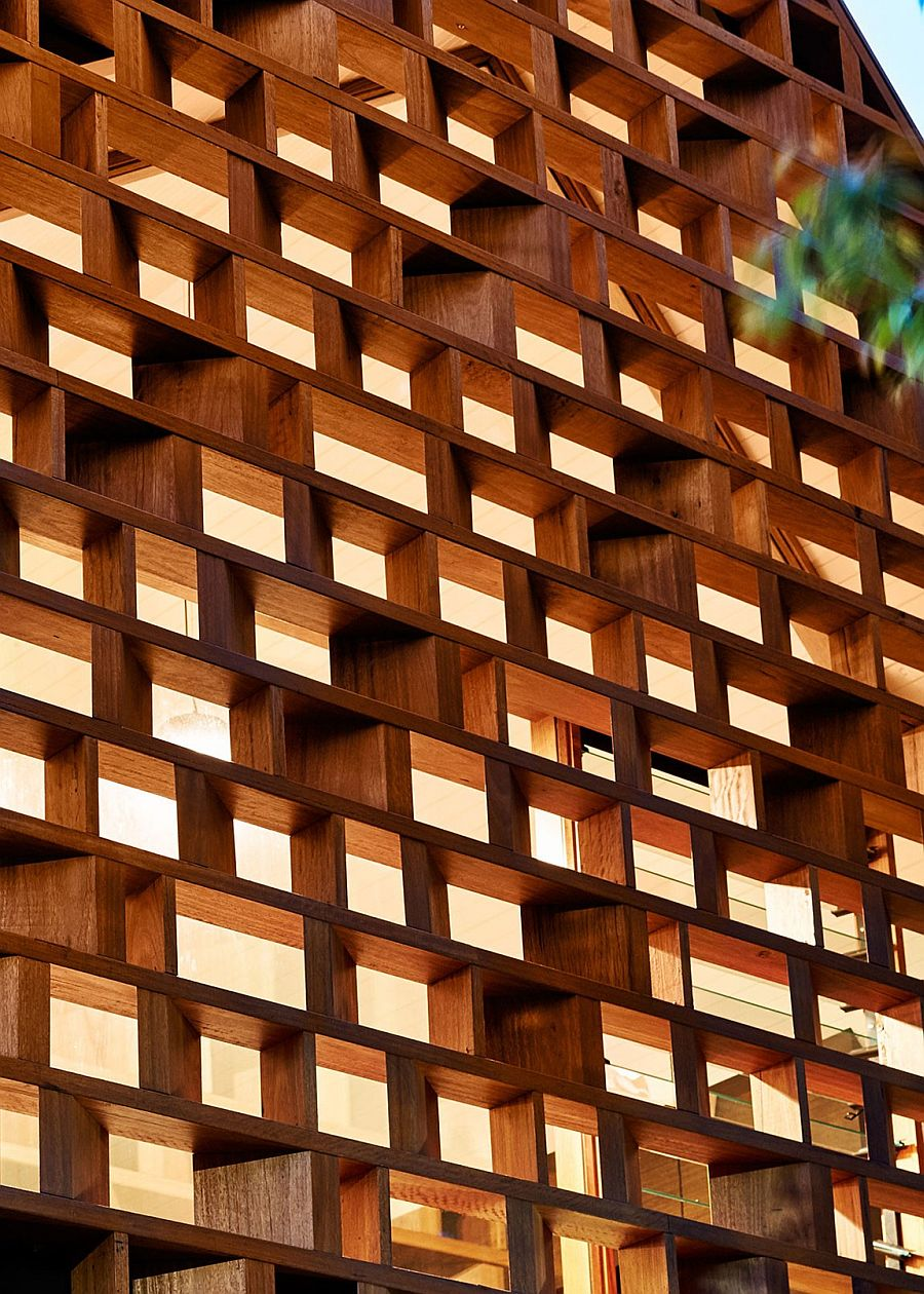 Closer look at the timber screen of the top level that offers both privacy and views