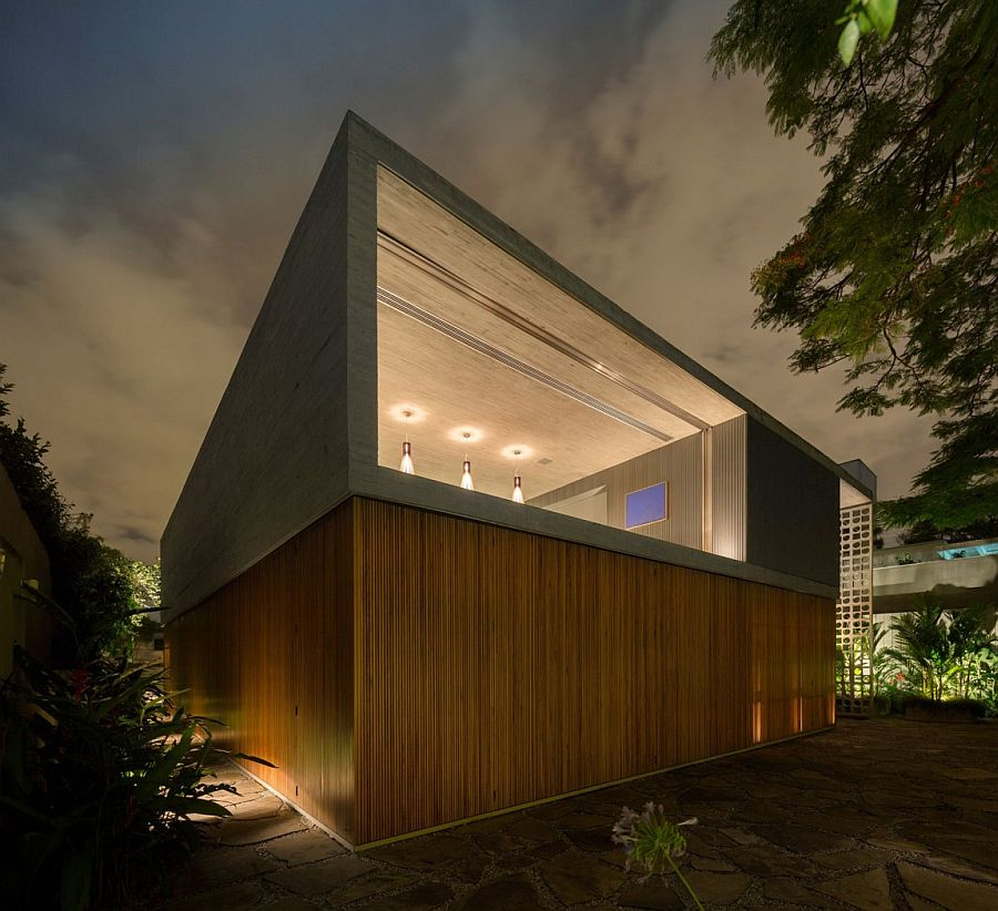 Concrete and wood exterior of the contemporary Brazilian home