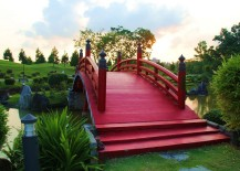 Fabulous Japanese wooden garden bridge inspiration in red